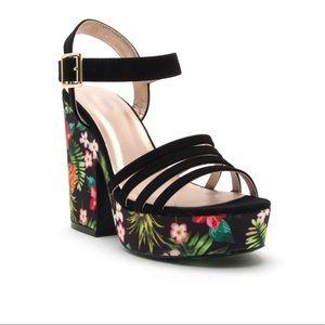 KAUAI 🌺 tropical printed block heels black